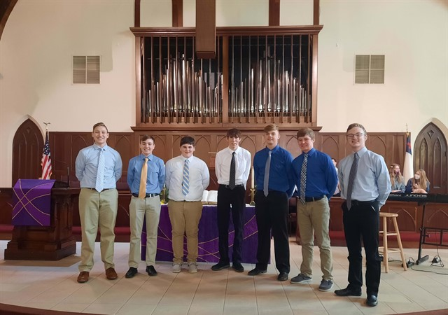 Freshmen Men's Ensemble singing at First United Methodist Church on March 14, 2021.